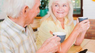 تصویر آجیل مناسب سالمندان- 6 فایده آجیل برای افراد مسن